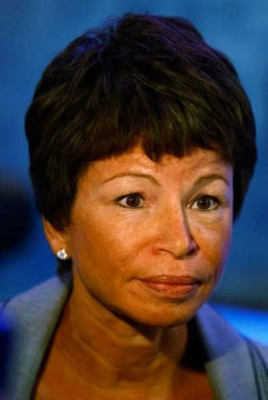 Obama Senior White House Adviser Valerie Jarrett Evades Taxes, Profits Off