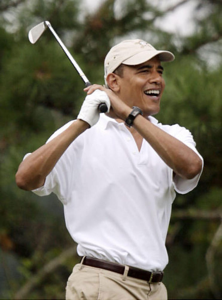 Loser Obama Skips His Aunt's Funeral To Go Golfing