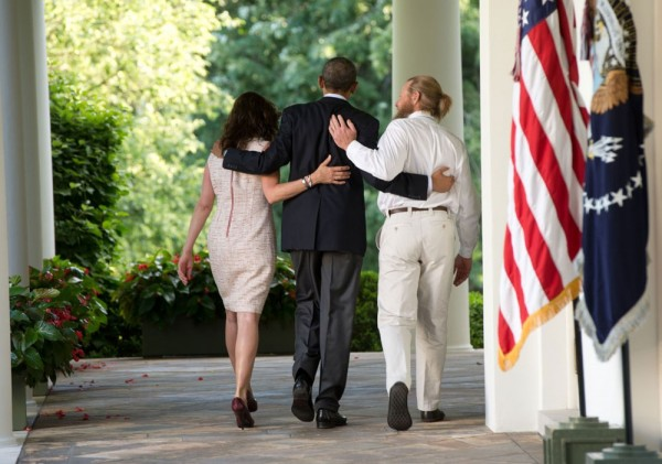 Democrats Try & Explain Away Bergdahl Desertion Scandal as Just More Republican Attacks on Obama